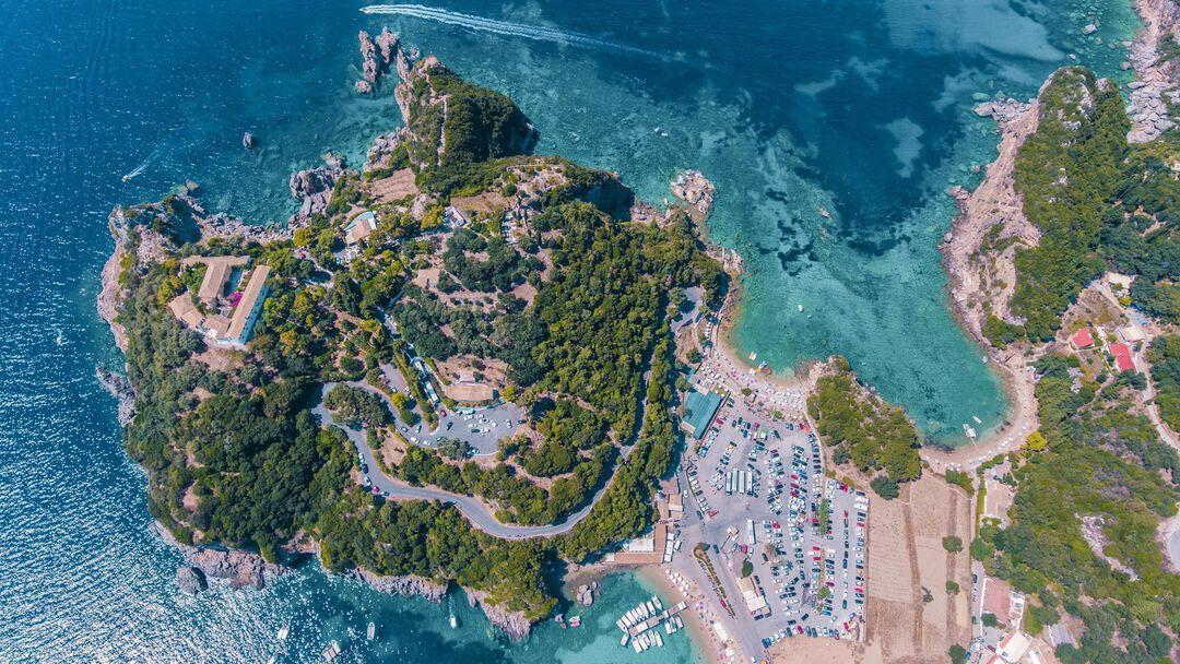 paleokastrita_bay_and_cliffs_as_seen_from_above_and_paleokastrita_monastery-1